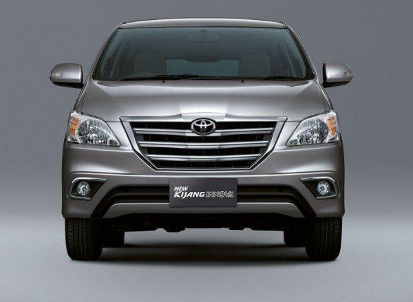 Toyota-Innova-Facelift-india-launch-date-1