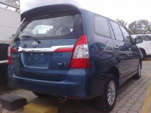 Toyota-Innova-Z-facelift-India-launch-Pics-2