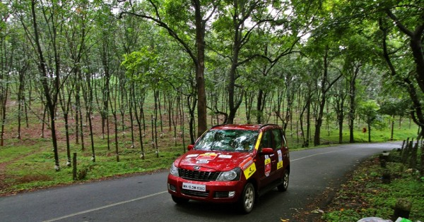 mahindra off roading (2)