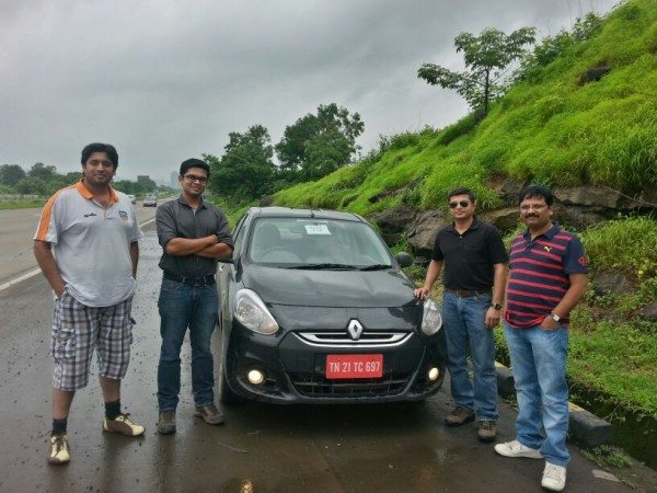 Team Gaadi Squeezes out an Astounding 54.15 kmpl from Renault Scala Diesel. Makes it to Limca