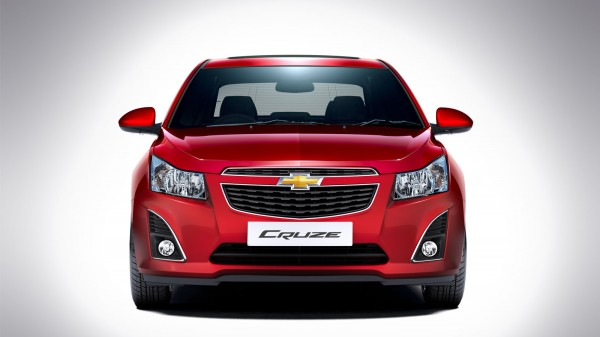 2013-Chevrolet-Cruze-India-Pics-3