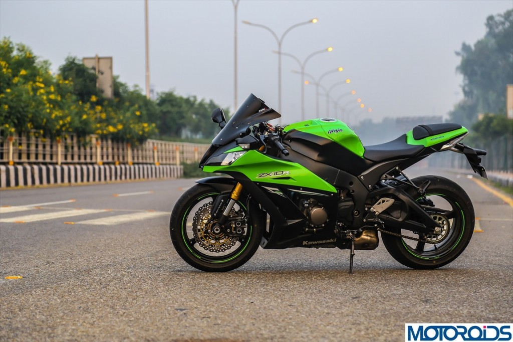 2013 Kawasaki Ninja ZX10R Review (17)