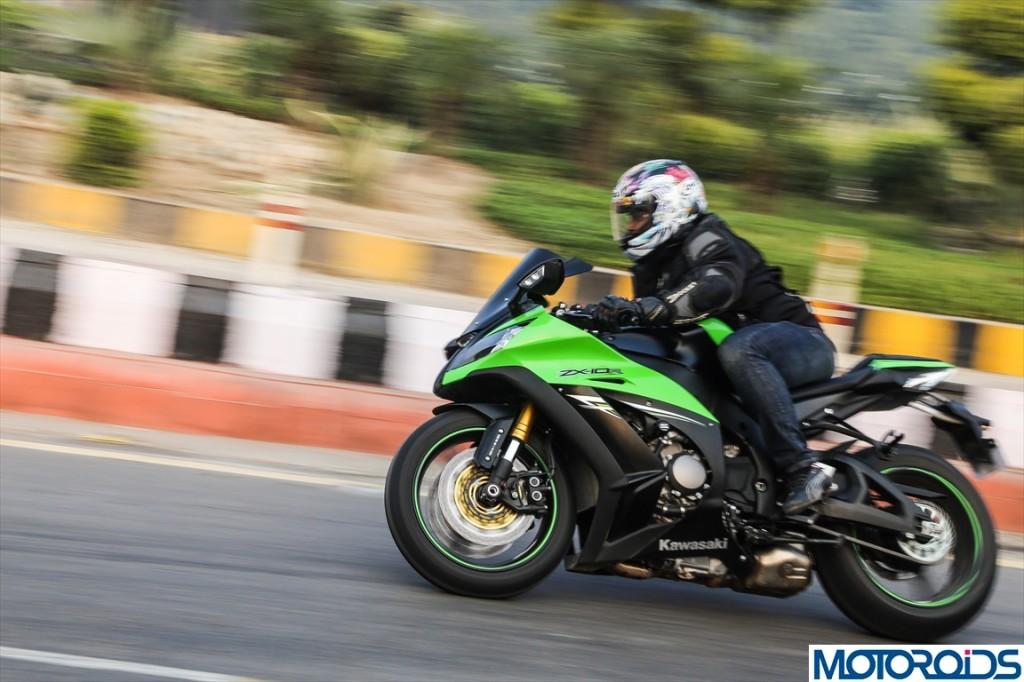 2013 Kawasaki Ninja ZX10R Review (54)