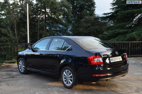 2013-Skoda-Octavia-India-launch-pics-specs-price-1 (92)