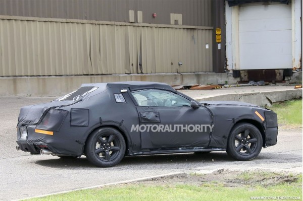 2015-ford-mustang-pics-3