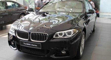 New 2014 BMW 5-series facelift images and details from the India launch