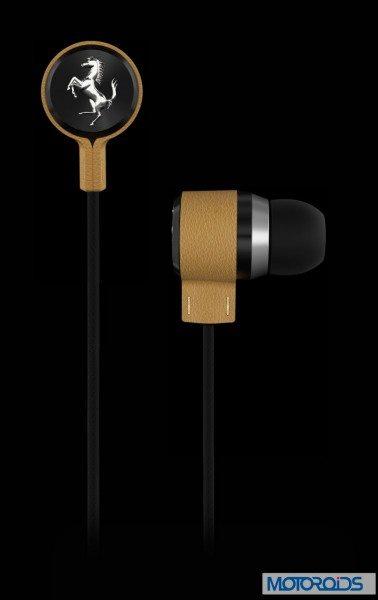 Ferrari T 150 earphones (4)