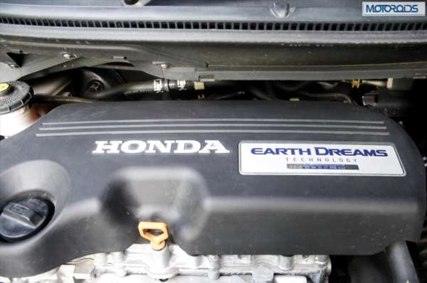 Honda-Amaze-1 (79)