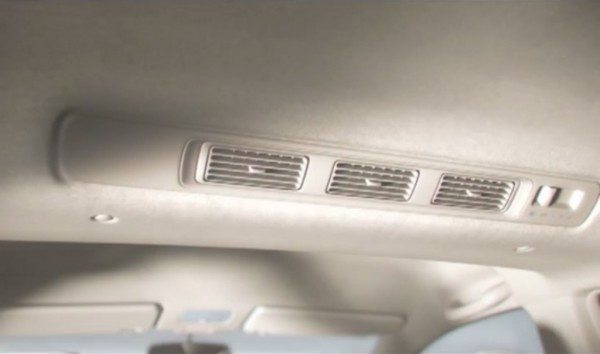 Honda-Mobilio-interiors-pics-2