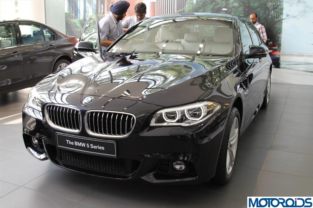 New 2014 BMW 5 Series facelift launched in India @ INR 46.90 lakhs. All the details inside