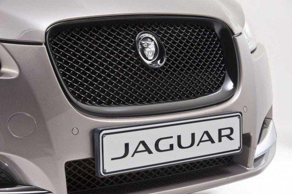 Jaguar-XF-Carbon-Pack-Pics-5
