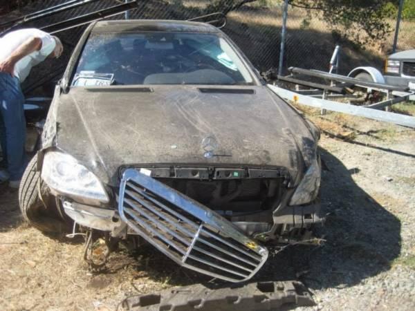 Mercedes-S-Class-accident