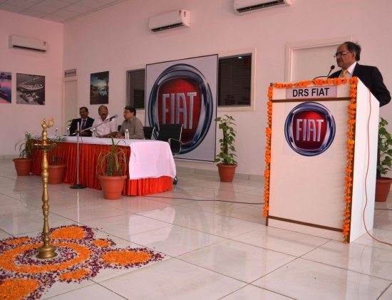 Mr. Ravi Bhatia, Vice President, Fiat Group Automobiles India Pvt. Ltd. during the launch of FIAT -DRS Motors Pvt Ltd -2