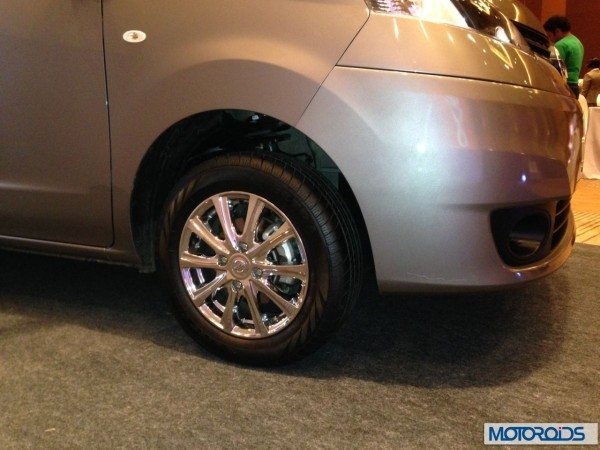 New Nissan Evalia 2013 facelift (2)