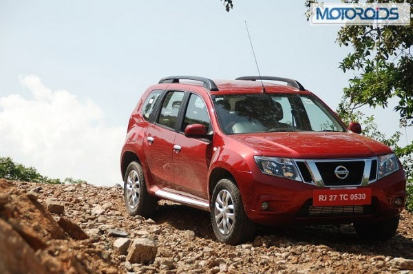 Nissan-Terrano-Price-launch-1
