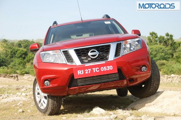 Nissan-Terrano-Price-launch-2