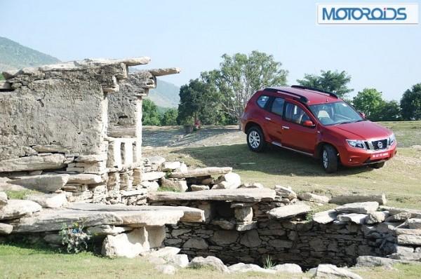 Nissan-Terrano-Price-launch-pics- (7)