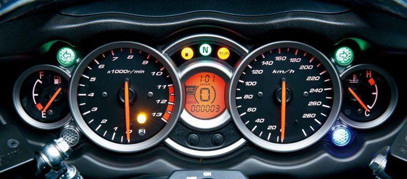 Suzuki Hayabusa Special Edition Traction Control-3