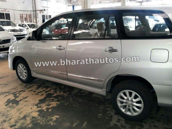 Toyota-Innova-Facelift-2013-pics- (1)