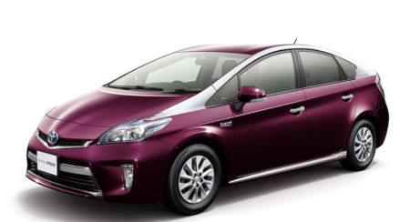 Toyota-Prius-PHV-facelift-pics-1