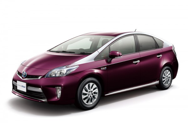 Toyota Prius PHV facelift launched in Japan