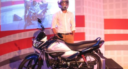 Hero MotoCorp unveils comprehensively updated Splendor. Calls it the Splendor iSmart