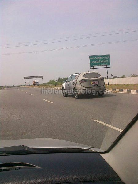 2013-Hyundai-Santa-Fe-India-launch-pics-3