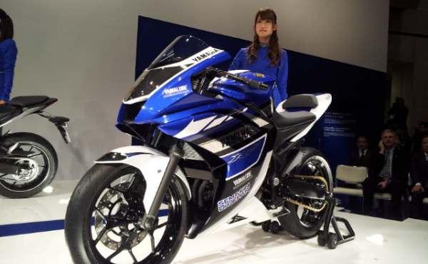 2013 Yamaha R25 pics