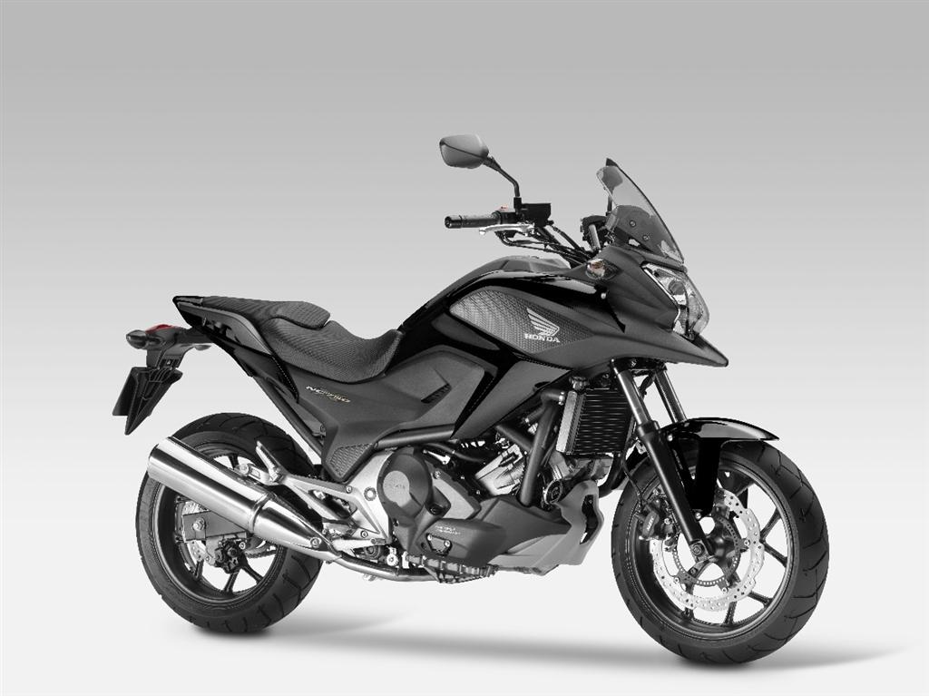 unveiled 2014 honda nc750x and nc750s set to replace the. Black Bedroom Furniture Sets. Home Design Ideas
