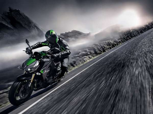 2014-Kawasaki-Z1000-India-Launch- (1)