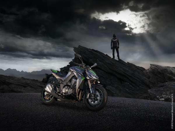 2014-Kawasaki-Z1000-India-Launch- (2)