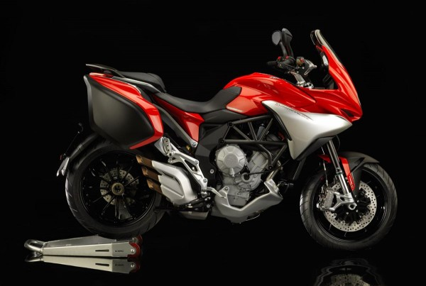 2014 MV Agusta Turismo Veloce 800 right view