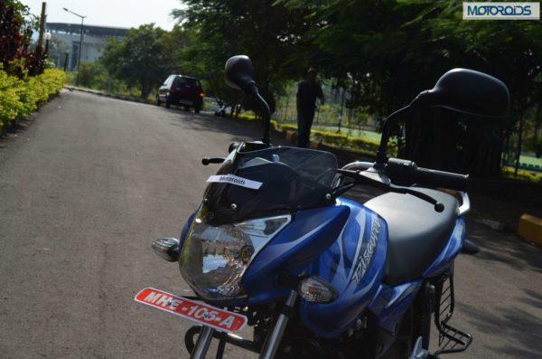 Bajaj Discover 100M Review Pics Specs (131)