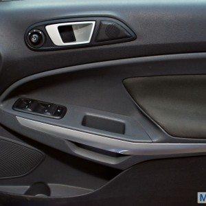 Ford Ecosport 1.5 TiVCT Automatic Pwershift (17)