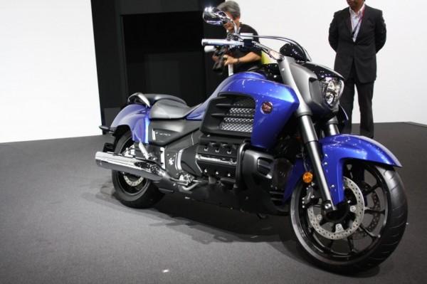 Honda-GOLDWING-F6C-pics-2
