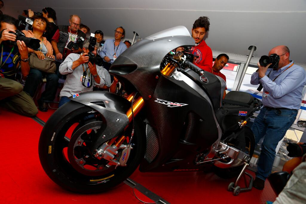 Honda RCV1000R Production Racer