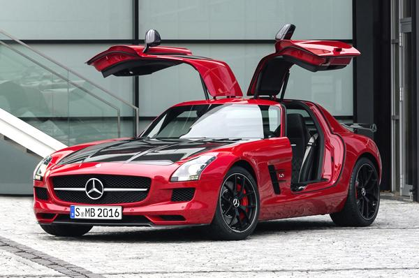 Mercedes Benz SLS AMG GT Final Edition showcased at 2013 Tokyo Motor Show
