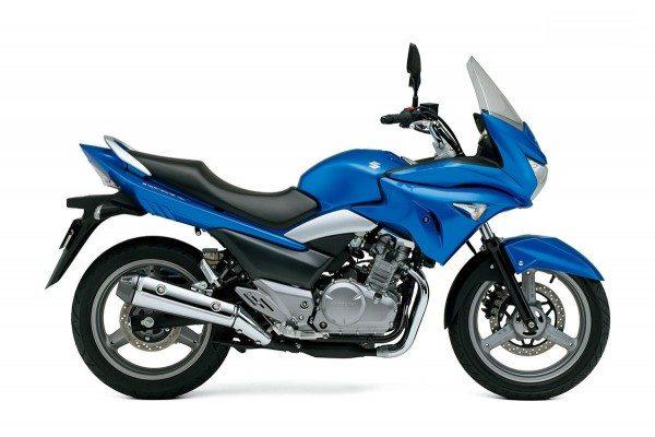 New Suzuki GSR250S (1)