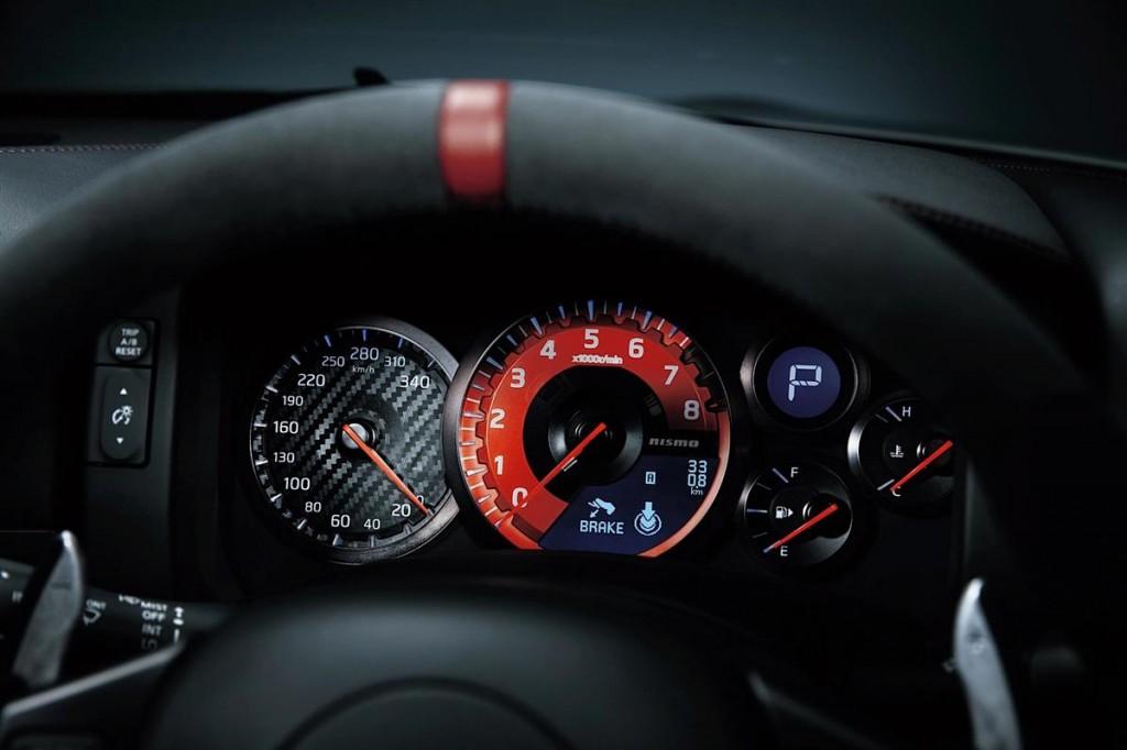 Nissan GT-R Nismo-8