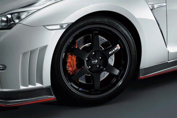 Nissan-GT-R-Nismo-Pics- (5)