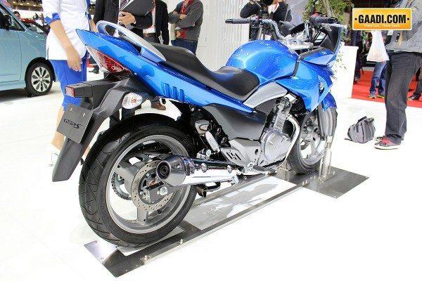 Suzuki-GSR250S-Inazuma-India-7