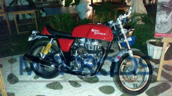 royal-enfield-continental-gt-launch-pics-price- (1) copy