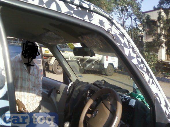 2014-Mahindra-scorpio-facelift-interior