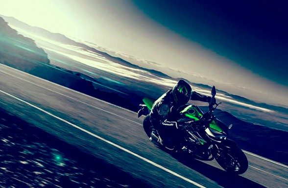 2014-kawasaki-z1000-india-launch-pics-60x420 (8)