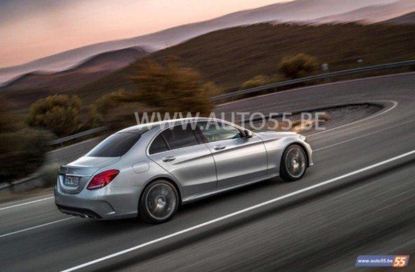 2015-Mercedes-Benz-C-Class-Pics-2