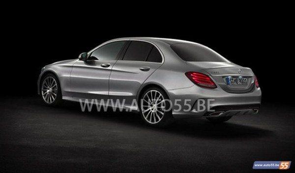 2015-Mercedes-Benz-C-Class-Pics-3