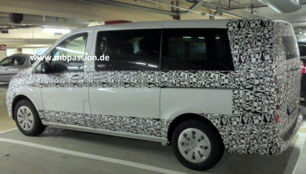 2015-Mercedes-V-Class-pics-2