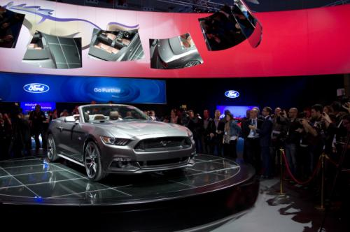 2015-ford-mustang-convertible2