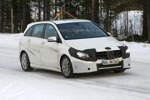 Upcoming 2015 Mercedes-Benz B Class Spotted Testing