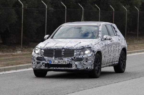 Next-gen Mercedes-Benz GLK spied; Late 2014 Launch